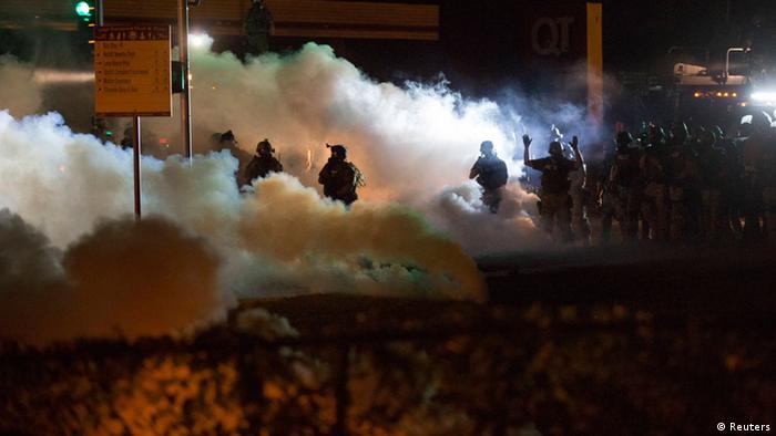 USA Tod eines schwarzen Jugendlichen Protest in Ferguson 13.08.2014
