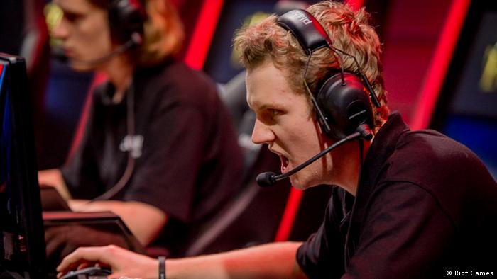 Science shows that eSports professionals are real athletes