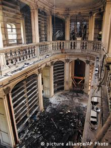 The world-famous Rococo Hall after the fire in the Anna Amalia Library in Weimar, Coypright: AP Photo/Maik Schuck