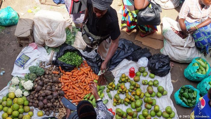 Lebensmittel im Überfluss in Uganda