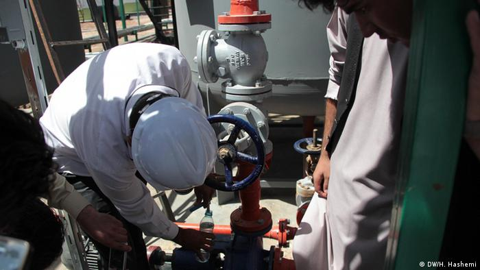 Firs oil refinery opening in the province of Herat in 2014