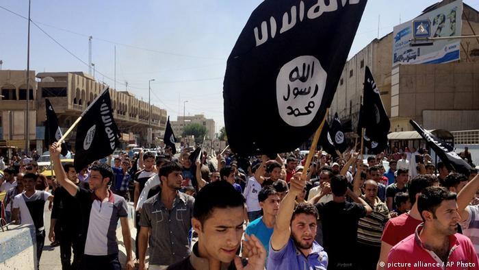 Islamischer Staat Fahne (Photo:AP)