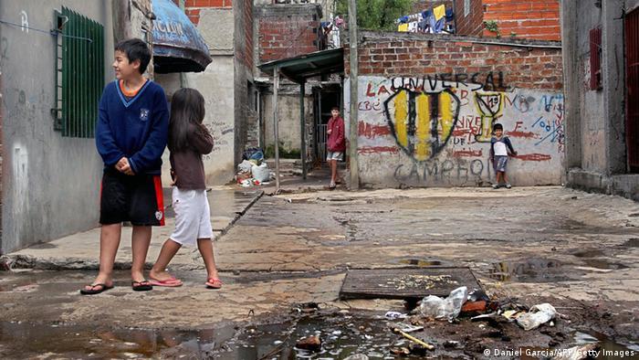 Argentinien Buenos Aires: Slum-Kinder