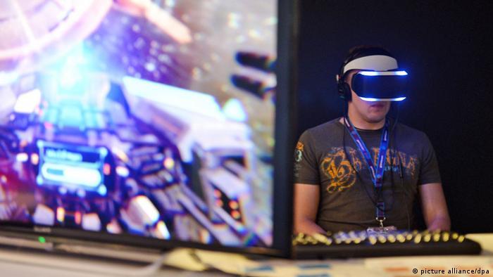 GamesCom 2014 Morpheus