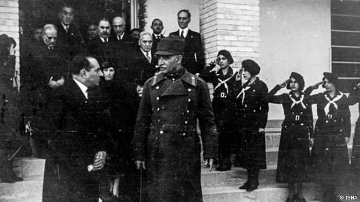 رضا شاه در اواخر دوره قاجار