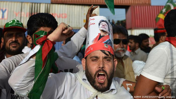 A supporter of Imran Khan's PTI party (AAMIR QURESHI/AFP/Getty Images)