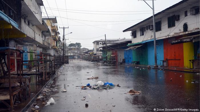 Straße in West Point, Liberia (Photo: ZOOM DOSSO/AFP/Getty Images)