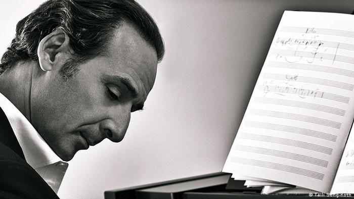 Alexandre Desplat decided at an early age that he wanted to make music for the cinema