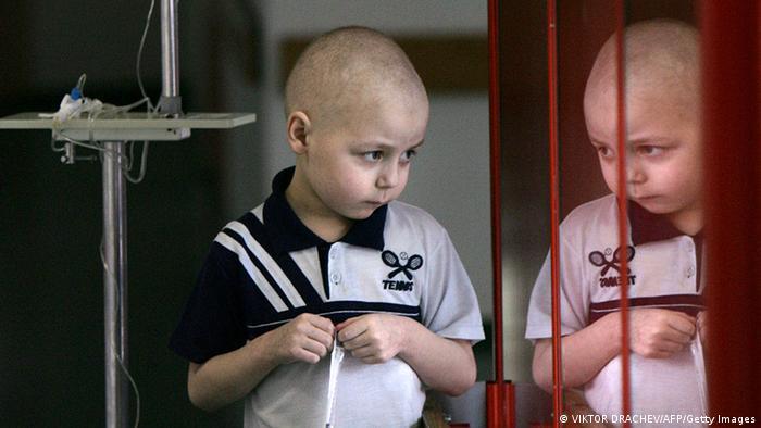 Дети в России, пострадавшие от последствий аварии на Чернобыльской АЭС, фото из архива 2006 года