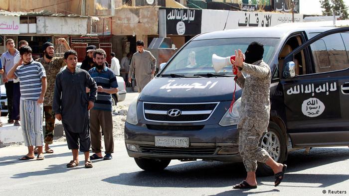 Flughafen von Tabka von ISIS eingenommen