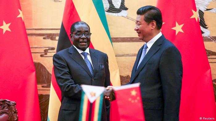 Mugabe bei Xi 25.08.2014 Peking