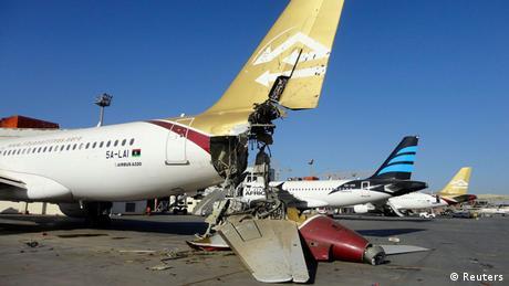 واشنطن: الإمارات ومصر شنتا ضربات جوية في ليبيا   أخبار   DW.DE   26.08.2014