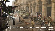 Nach der Kapitulation - Setfoto vor dem Hotel Meurice © Koch Media - Film Oblige - Gaumont – Blueprint Film – Arte France Cinéma