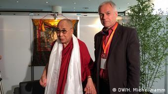 Dalai Lama und Matthias von Hein in Hamburg 23.8.2014