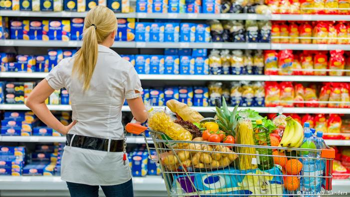 Shopping in a super market (Fotolia/G. Sanders)