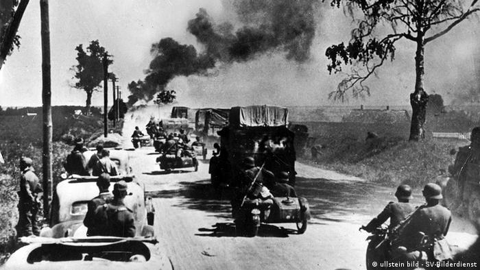 German military vehicles approaching Warsaw in World War II