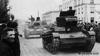 Радянсько-німецький парад у Брест-Литовську після окупації Польщі у вересні 1939 року