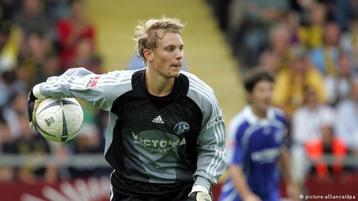 Мануэль Нойер защищает ворота клуба Шальке 04 (Гельзенкирхен), 2006