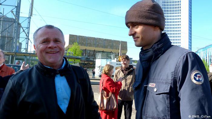 Полският историк Титус Яскуловски (вдясно на снимката)