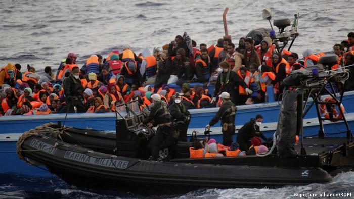 Mittelmeer-Flüchtlinge/ Italien/