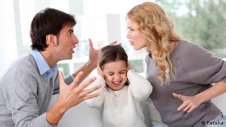 Eltern Streit Kind Familienstreit