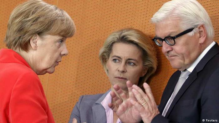 Bundeskanzlerin Angela Merkel, Verteidigungsministerin Ursula von der Leyen und Außenminister Frank-Walter Steinmeier (Bild: Reuters)