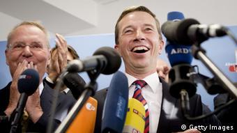 """Ο Μπερντ Λούκε χαιρέτισε την έστω και """"εκ των υστέρων παραδοχή"""" της κ. Μέρκελ ότι η ευρωζώνη θα αντέξει μια ελληνική έξοδο"""