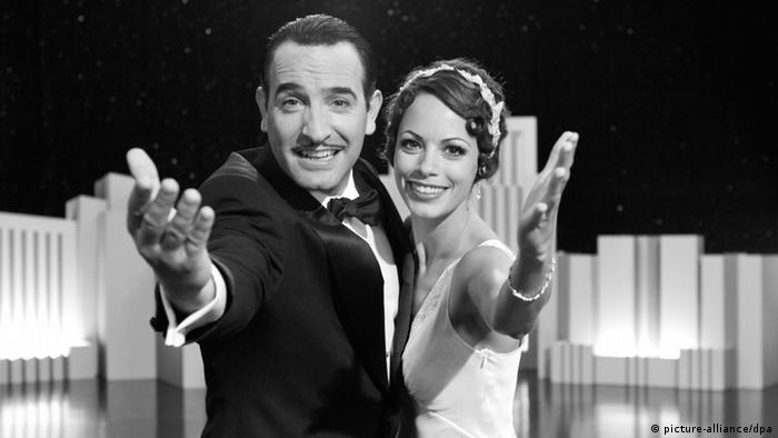 Jean Dujardin and Berenice Bejo in film still from 'The Artist' (picture-alliance/dpa)