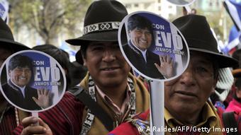 Morales cuenta con un abrumador respaldo entre la población indígena.