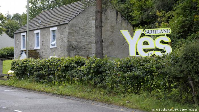 A house in Scotland with a yes sign. (Photo: Andy Buchanan/AFP/Getty Images)