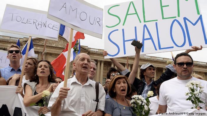 Gemeinsame Demonstration von Muslimen und Juden für Frieden in Paris 03.08.2014