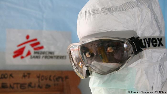 Worker for Doctors without Borders (MSF) wearing protective clothing in Monrovia. Photo: Caroline Van Caroline Van Nespen/MFS/dpa