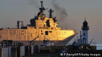 Posljedica sankcija i pritisaka: francuski ratni brod Mistral nije isporučen Rusiji