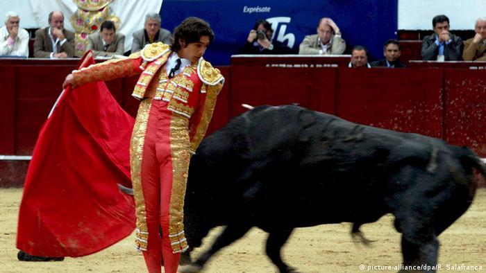 Stierkampf in Arena von Bogota (Plaza de Toros Santamaria)
