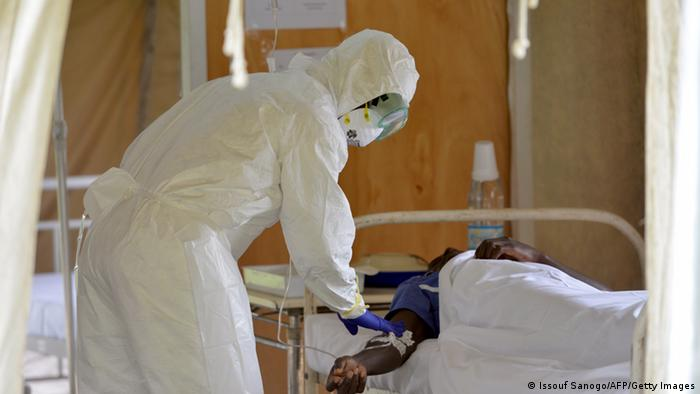 Ebola in Liberia (Behandlung im Krankenhaus)
