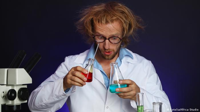 Symbolbild verrückter Wissenschaftler