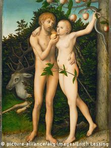 Gemälde des deutschen Malers Lucas Cranach der Ältere: Es zeigt den sogenannten Sündenfall im Paradies mit Adam (links) und Eva (rechts), bedeckt von Feigenblättern. Hinter ihnen steht der Baum der Erkenntnis, der voller Äpfel hängt
