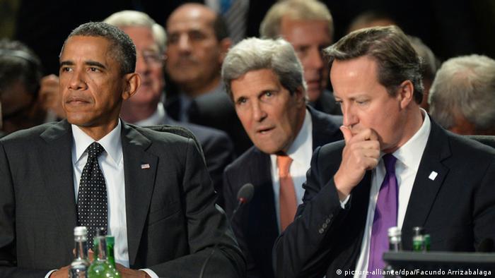 NATO-Gipfel in Wales: Obama mit Kerry und Cameron (Foto: dpa)