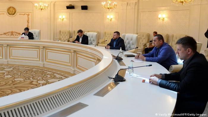 Governo ucraniano e separatistas acertam cessar-fogo