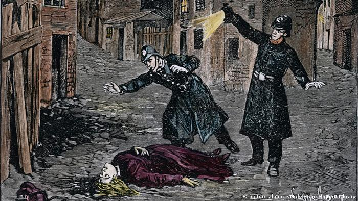 Depiction from 1888 of the discovery of a Jack the Ripper victim, Copyright: picture alliance/Mary Evans Picture Library