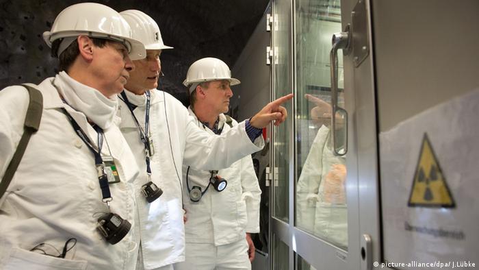 Hendricks und Wenzel im Atommüll-Lager Asse