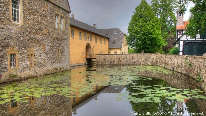 Замок Шеленбург (Wasserschloss Schelenburg)