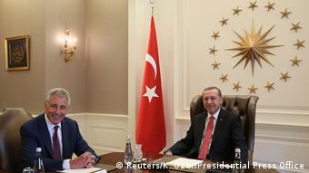 Chuck Hagel, Tayyip Erdogan Photo: REUTERS/Kayhan Ozer/Presidential Press