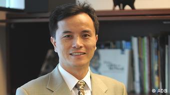 Qingfeng Zhang von der Asiatischen Entwicklungsbank