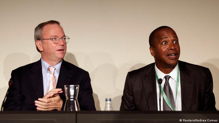 Eric Schmidt and David Drummond in Madrid in 2014 (Reuters/Andrea Comas)