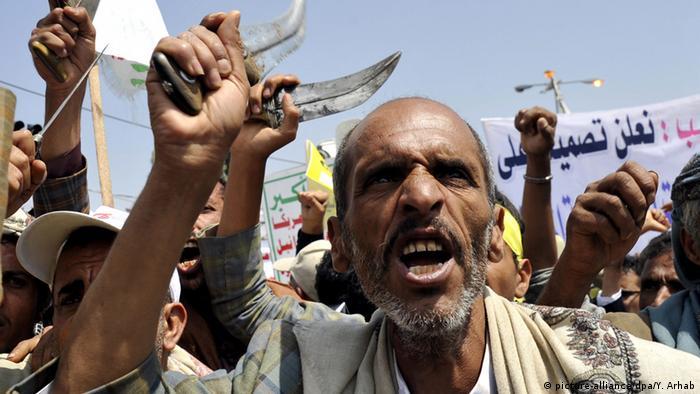"""""""اليمن سيظل ساخنا ما لم يحصل توافق سعودي إيراني"""""""