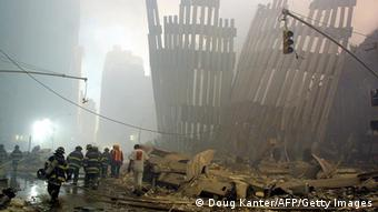 Rettungskräfte am 11. September 2001 (Foto: AFP/Getty)