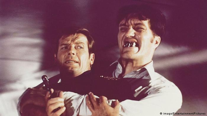 Richard Kiel, better known as classic Bond villain Jaws.