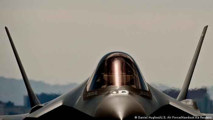 Военный истребитель США F-35A