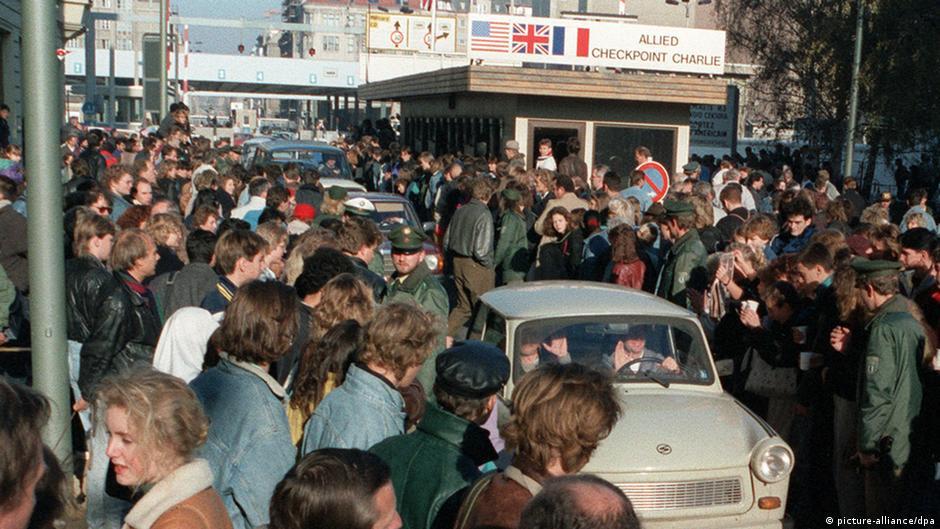 Mauerfall: So sah der November 1989 aus | Alle multimedialen Inhalte ...